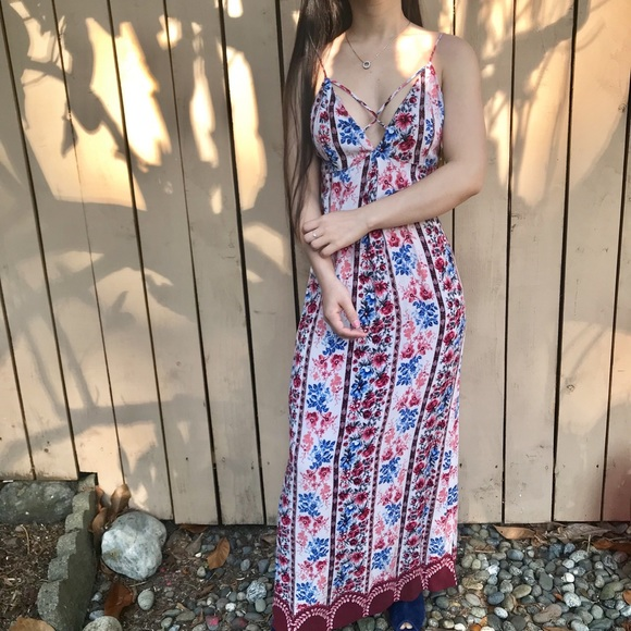 Forever 21 Dresses & Skirts - Forever 21 contemporary floral maxi dress